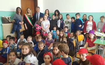 A Casacanditella con la scuola primaria di Tagliacozzo