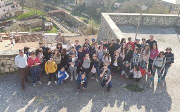 Ad Alfedena con le scuole medie di Fresagrandinaria